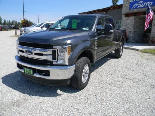 2018 Ford F-250 Super Duty 4WD XLT Super Crew Cab Diesel $41,995.